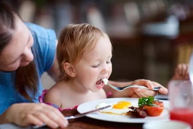一岁宝宝能不能吃饺子